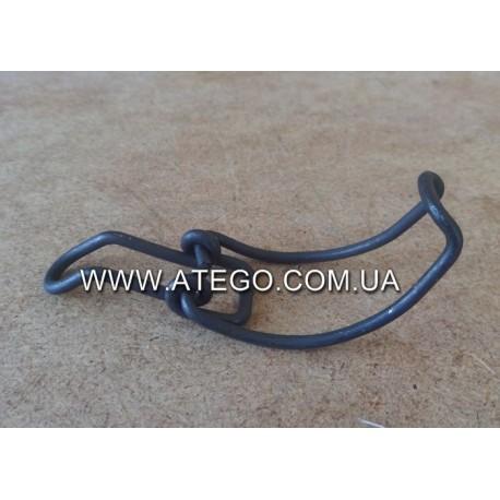 Фиксатор крышки воздушного фильтра Mercedes Atego 0000944555. MB OE