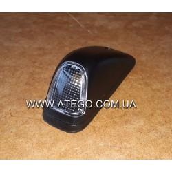 Габарит на кабине Mercedes ATEGO 0028205156 правый.