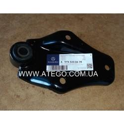 Верхний кроштейн переднего стабилизатора Mercedes Atego 9743200078. MB OE
