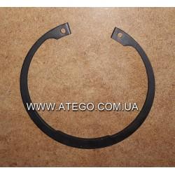Штопорне кольцо підшипника передньої ступиці Mercedes Atego (на колеса 17,5). Оригінал