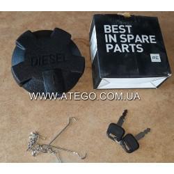 Крышка топливного бака Mercedes Atego с ключом. PETERS