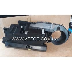Радіатор пічки Mercedes Atego з корпусом 0018301903. BEHR
