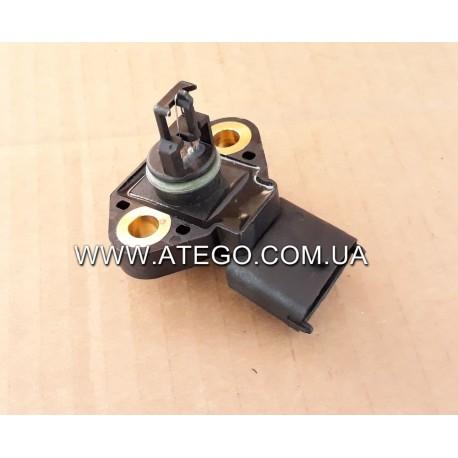 Датчик давления наддува Mercedes Atego 0041531828. BOSCH