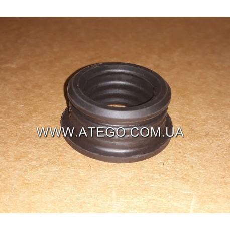 Уплотнительное кольцо заливной горловины бачка склоомывателя Mercedes Atego. Оригинал