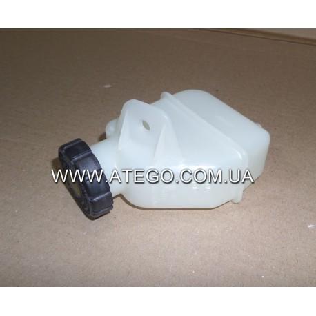 Бачок главного цилиндра сцепления Mercedes Atego 9702900015 (под тормозную жидкость). Оригинал