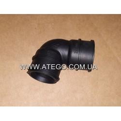 Патрубок вентиляционый клапанной крышки Mercedes Atego 9060180082. Оригинал