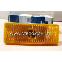 Габарит боковой Mercedes Atego желтый с фишкой (120x45). DT