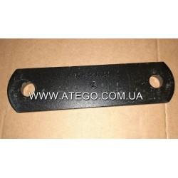 Пластина кріплення передньої ресори Mercedes Atego 9743250020 (Серга, під болт М18). Оригінал