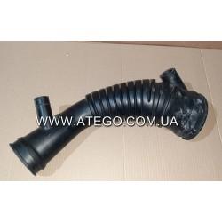 Патрубок повітряного фільтра Mercedes Atego 9705280882 (подача на турбіну). Оригінал