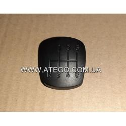 Кришка ручки переключення передач Mercedes Atego (на 6 передач). Оригінал