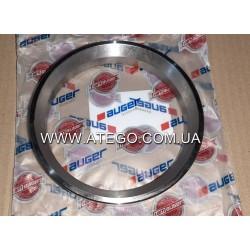 Упорное кольцо сальника задней ступицы Mercedes Atego 6523560015 (на колеса 19,5). AUGER