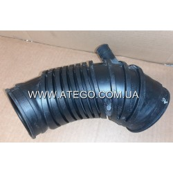 Патрубок воздушного фильтра Mercedes Atego 9735280082 (подача на турбину). Оригинал