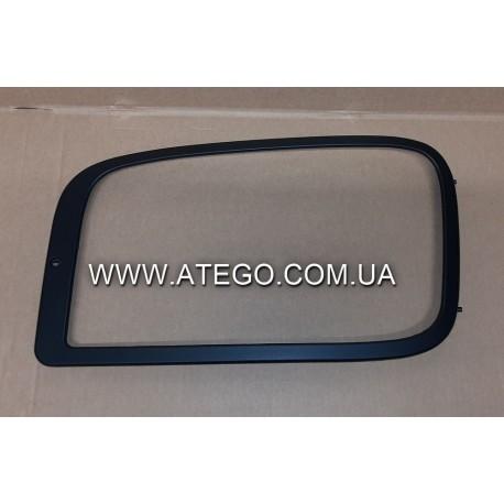 Рамка левой фары Mercedes Axor 9408850922. Китай