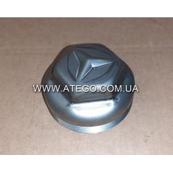 Кришка передней ступицы Mercedes Atego 3213340225 (на колеса 19,5, с резьбой). Оригинал