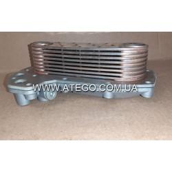 Масляный радиатор Mercedes Atego теплообменник с крышкой (на 6-цилиндровый двигатель). NISSENS