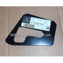 Пластина системы крепления цилиндра опрокидывания кабины Mercedes Atego 9735530341. Оригинал