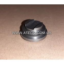Крышка декомпрессионного клапана головки двигателя Mercedes Atego 9060100135. Оригинал